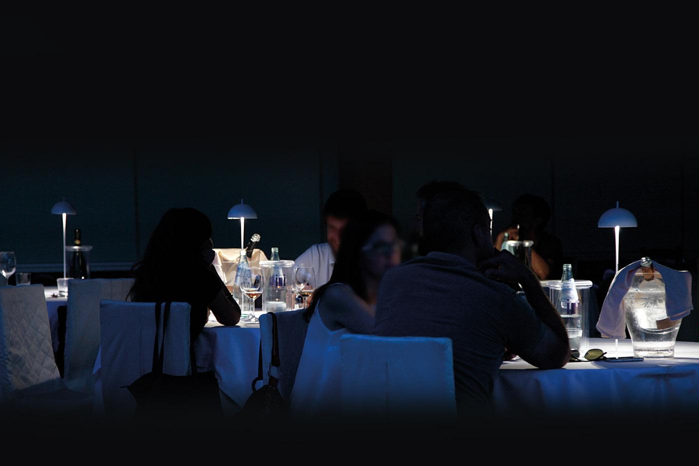 lampada da tavolo a batteria