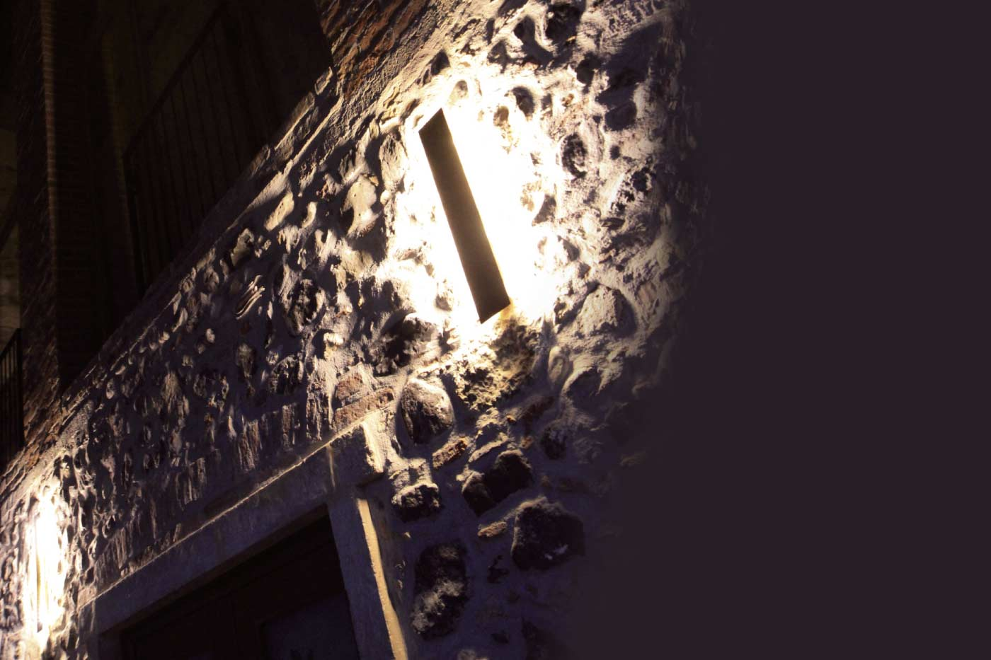 Retta - lampada a parete