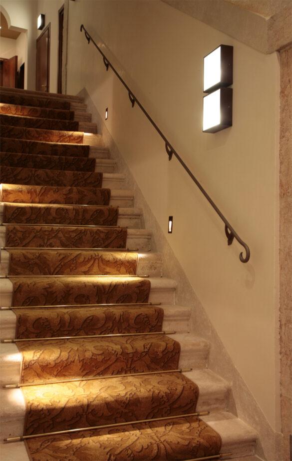Dino - lampada a soffitto o parete