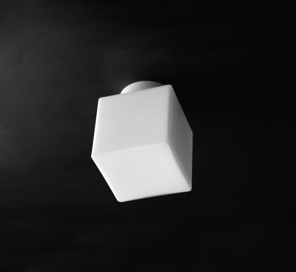 qubèt - cubetto in vetro