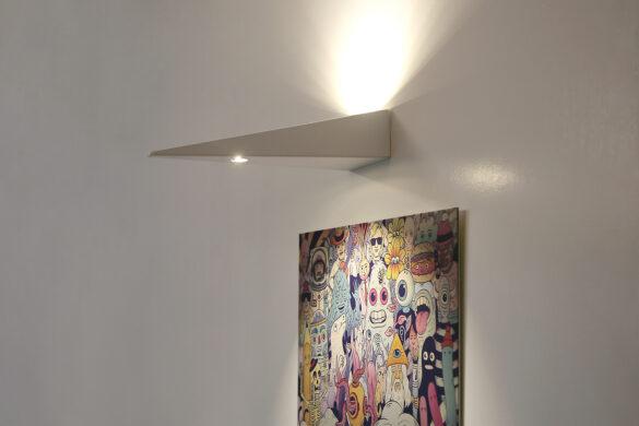 suquadro - lampada a parete per illuminazione d'accento opere d'arte e indiretta